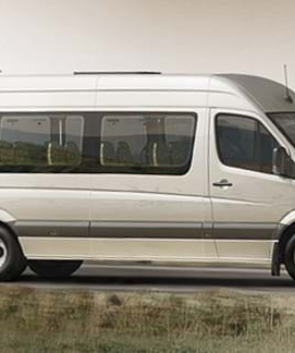 sprinter-transfer-mini-bus-650